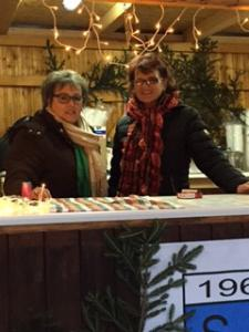 Adventmarkt im Rathaushof